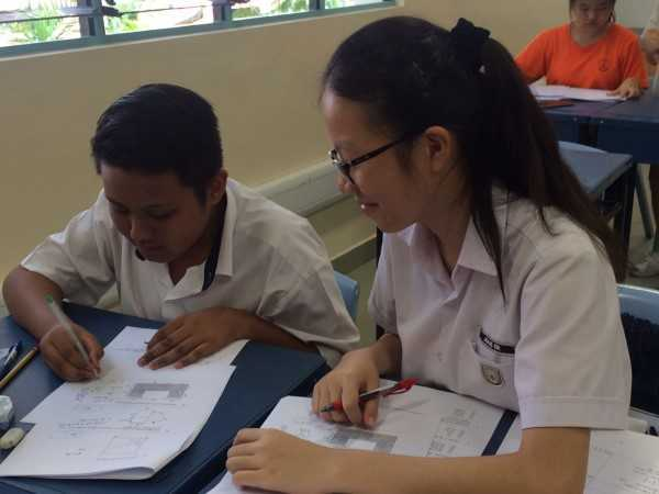 Math Peer Mentoring - Photo 02
